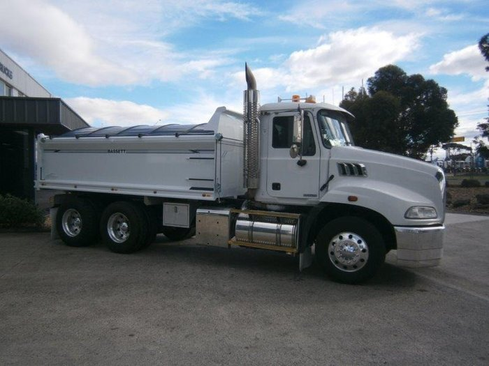 2011 Mack GRANITE (Brand New Steel Tipper)