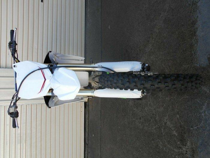 2011 YAMAHA YZ250F White