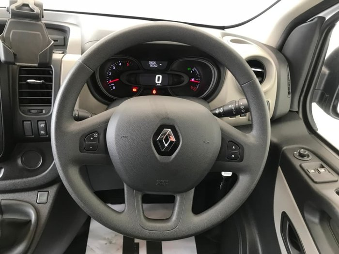 2017 Renault Trafic 66KW X82 White