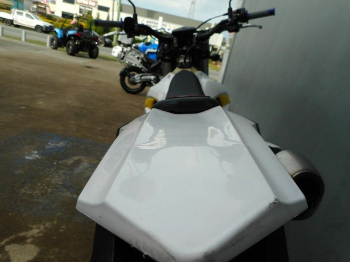 2015 HUSQVARNA TE300 White