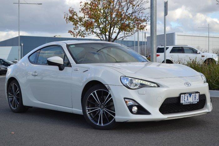 2015 Toyota 86 GTS ZN6 White