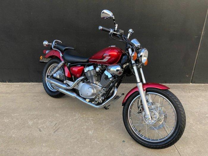 2016 Yamaha XV250 (VIRAGO VX250S, VX250R) Red