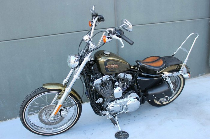 2013 Harley-davidson XL1200V SEVENTY-TWO GOLD