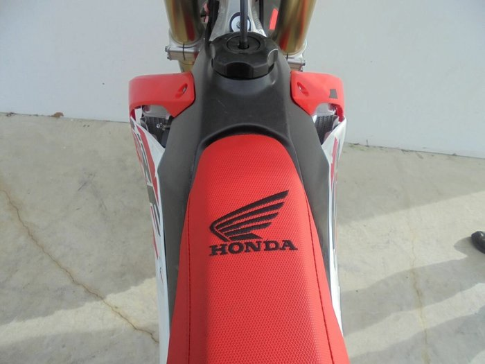 2017 Honda CRF250R Red