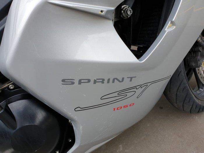 2007 TRIUMPH SPRINT ST 1050 null null Silver
