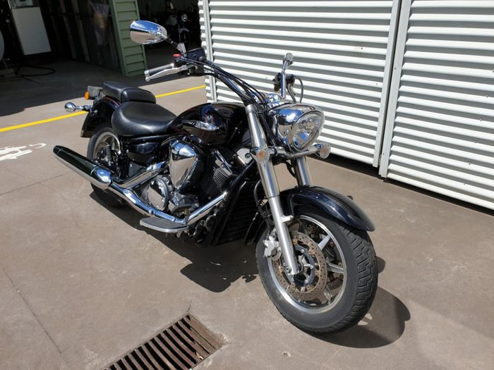 2010 YAMAHA V-STAR XVS1300A null null Black