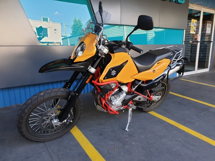 2017 SWM SUPERDUAL 650 null null Yellow