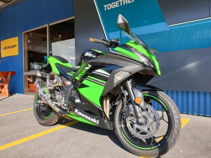 2016 KAWASAKI NINJA 300 ABS (EX300B) null null Green