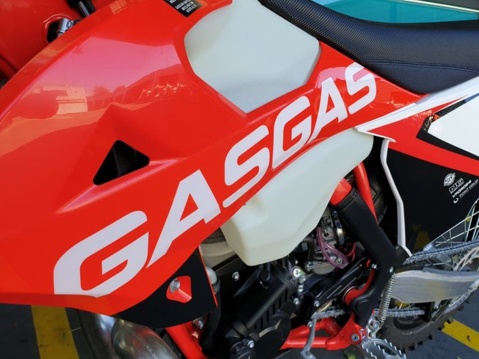 2017 GAS GAS XC 300 null null Red