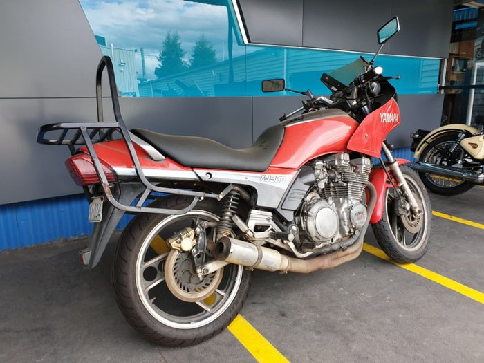 1985 YAMAHA XJ900 null null Red