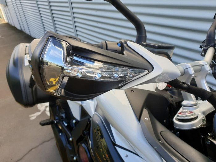 2019 MV AGUSTA TURISMO VELOCE LUSSO 800 SCS null null White
