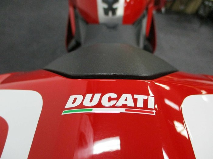 2014 DUCATI 1199 PANIGALE R Red