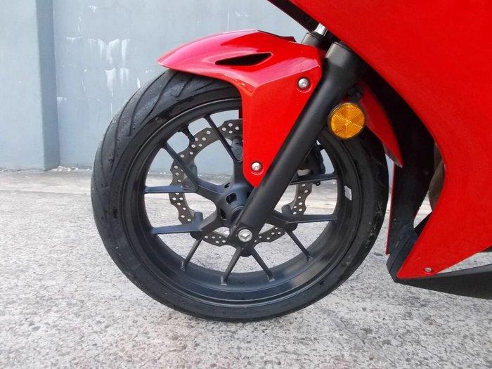 2014 Honda CBR500R RED
