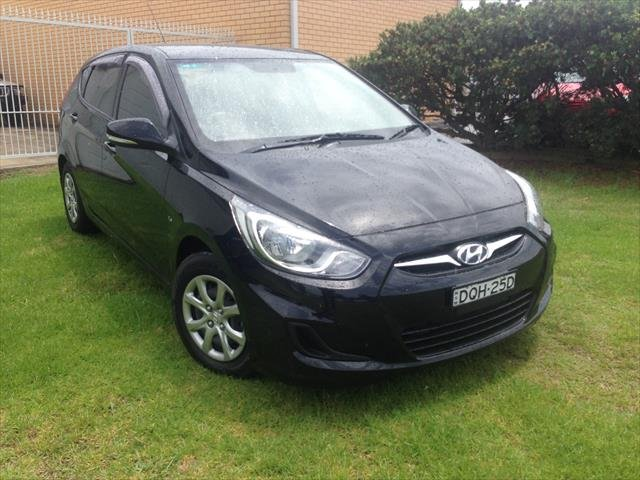 2012 HYUNDAI ACCENT ACTIVE RB BLACK