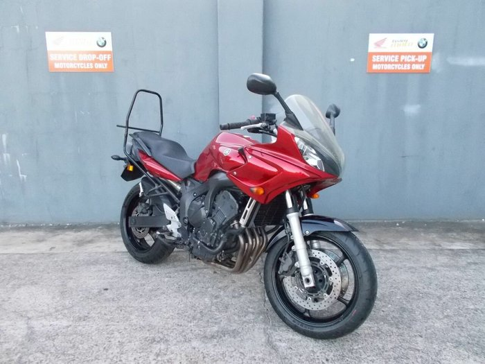 2006 YAMAHA FZ6S Red