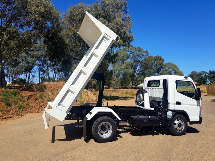 2019 FUSO CANTER 815 MAN FACTORY TIPPER RELIABLE RESPECTED & READY NOW null null null