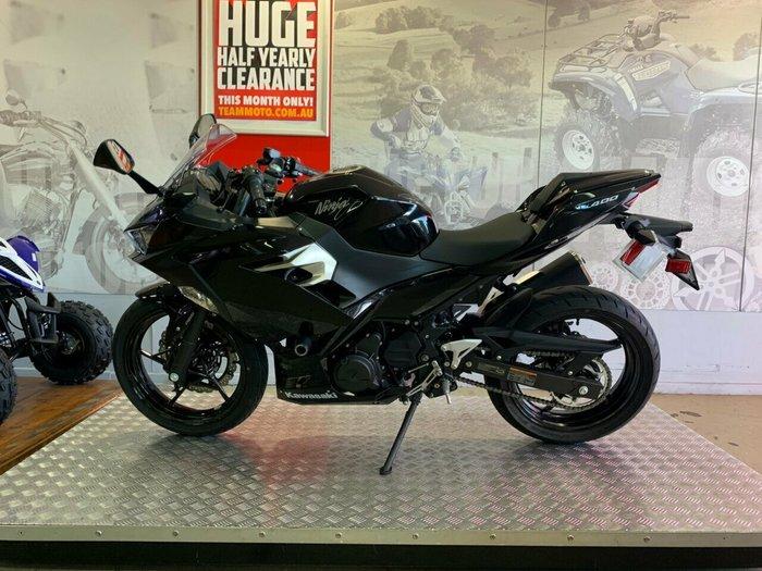 2018 Kawasaki NINJA 400 BLACK