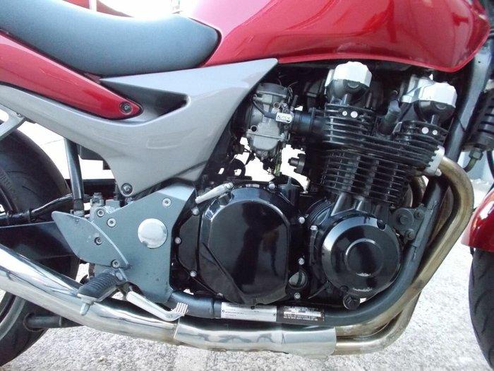 2003 Kawasaki ZR-7 (ZR750) MAROON
