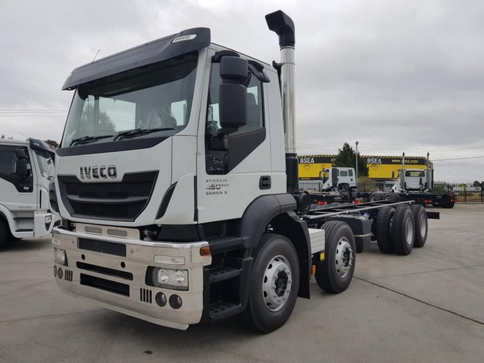 2019 IVECO STRALIS AD 8X4 - 450/500HP VARIOUS WHEELBASES null null white