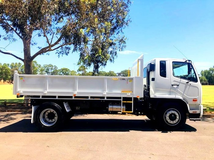 2019 FUSO FIGHTER 1627 MT TIPPER **FUSO 5 YEAR BUSINESS BENEFITS** null null null