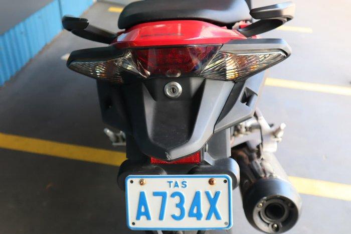 2014 HONDA VFR800F null null Red
