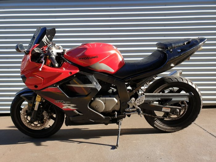 2008 HYOSUNG GT250R null null Red