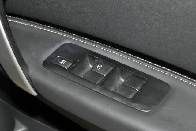 2013 Nissan Dualis Ti J10 Series 3 MY12 BLACK