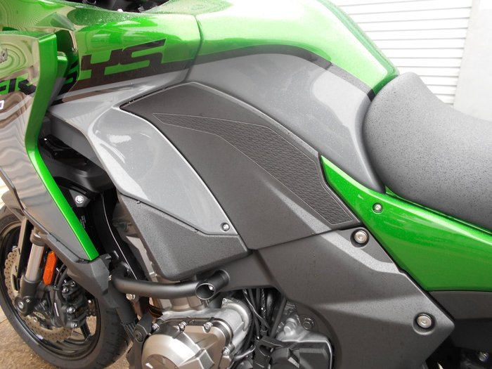 2019 Kawasaki Z900RS (ZR900C) MATT GREEN