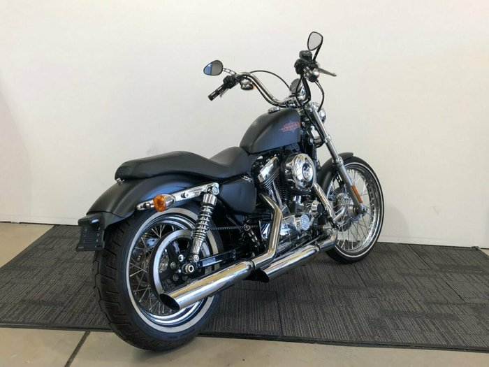 2013 HARLEY-DAVIDSON XL1200V SEVENTY-TWO Black