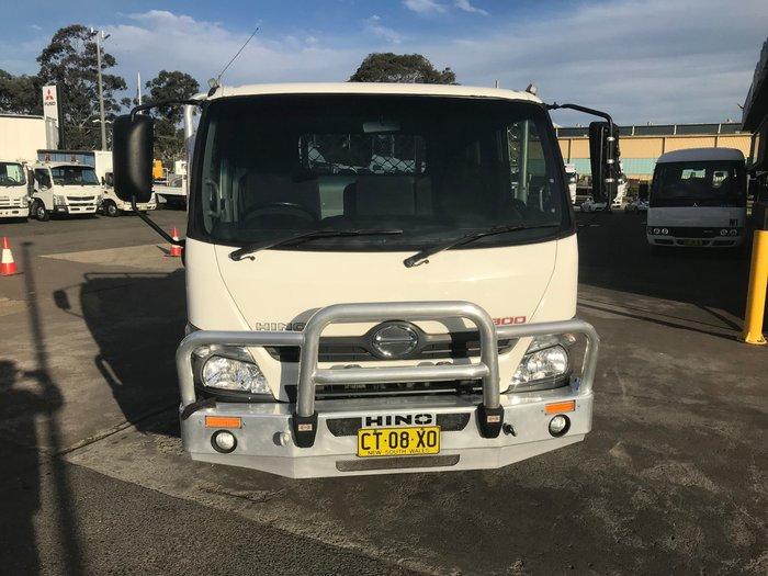 2013 Hino 616 - 300 Series 616 ALLOY TRAY WHITE