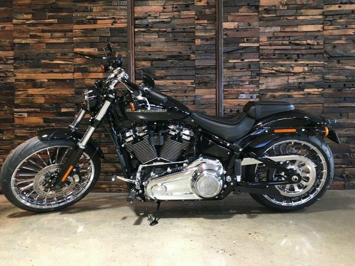 2019 Harley-Davidson FXBRS BREAKOUT S (114) Vivid Black