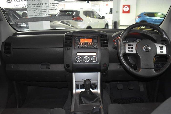 2013 Nissan Navara ST D40 Series 6 4X4 White