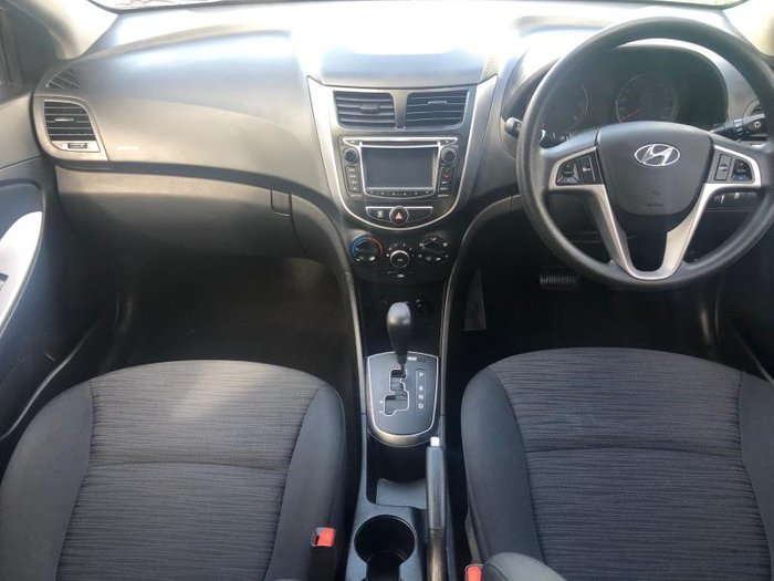 2015 HYUNDAI ACCENT ACTIVE RB2 MY15 WHITE