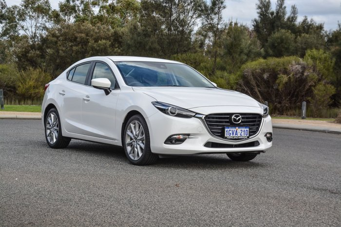 2018 Mazda 3 SP25 GT BN Series White
