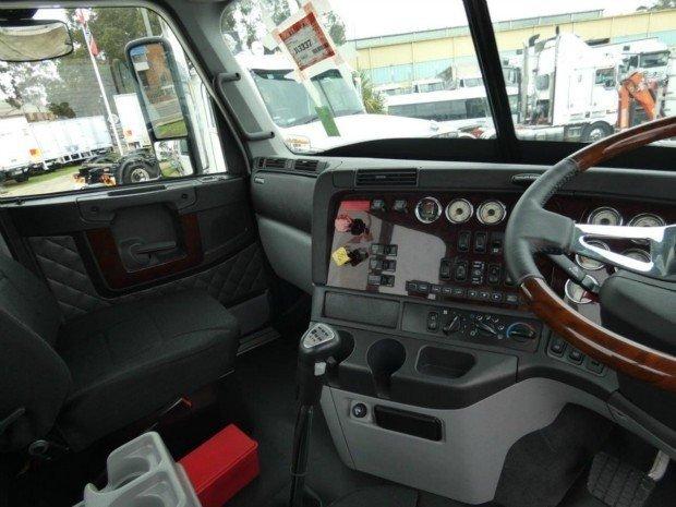 2018 Freightliner Coronado 114 White