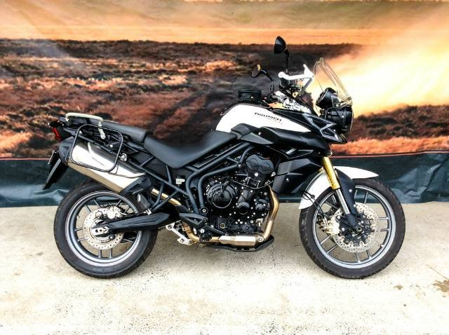 2014 TRIUMPH TIGER 800 ABS DUAL PURPOSE WHITE