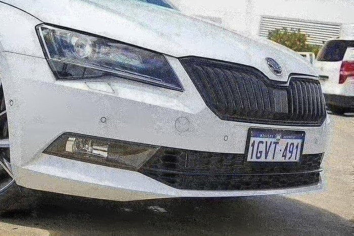 2019 Skoda Superb SportLine 2.0L T/P 206TSI DSG 4x4 Sedan 4WD Moon White Metallic