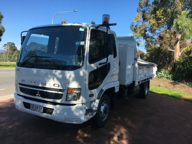 2008 Mitsubishi Fighter 1024 FK61 FIGHTER 1024 WHITE