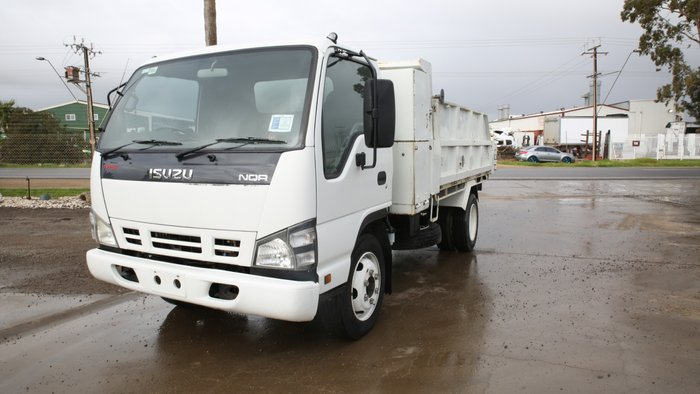 2007 Isuzu NQR450 MEDIUM TIPPER