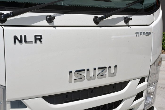 2019 Isuzu NLR 45-150 TC AMT Tipper White