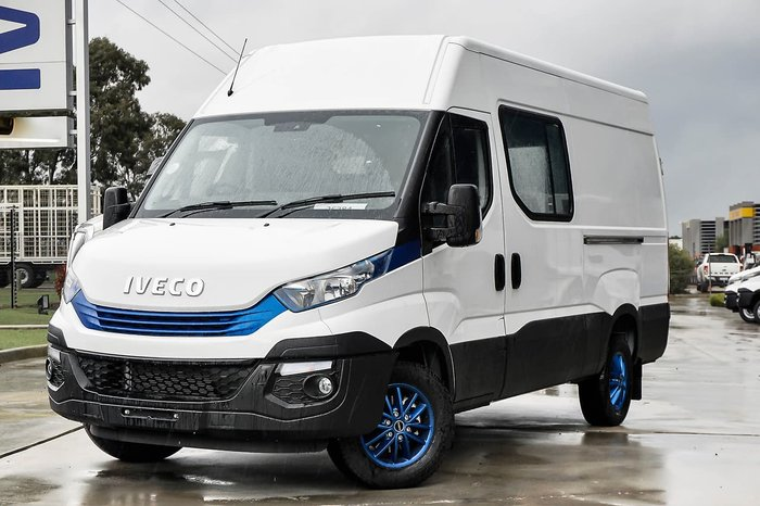 2018 IVECO DAILY 35S17A8 12M3 null null White
