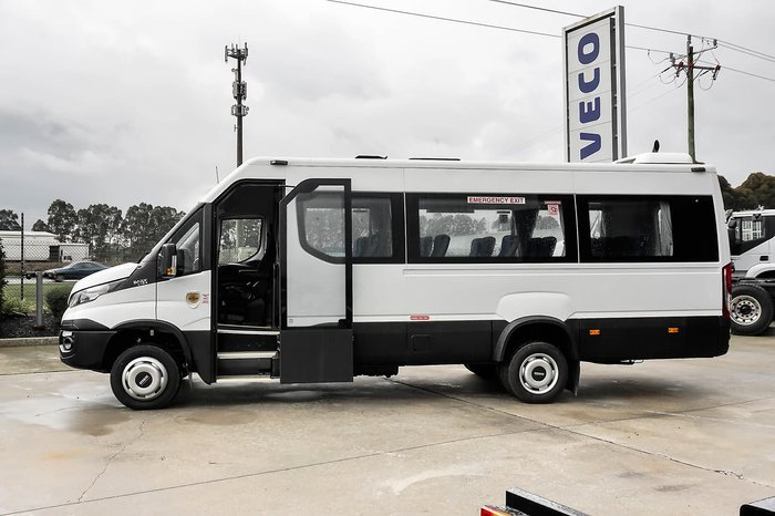 2019 IVECO DAILY MINI BUS SHUTTLE 16 null null White