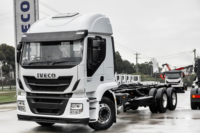 2019 IVECO STRALIS ATI 360 HIGH ROOF SLEEPER null null White