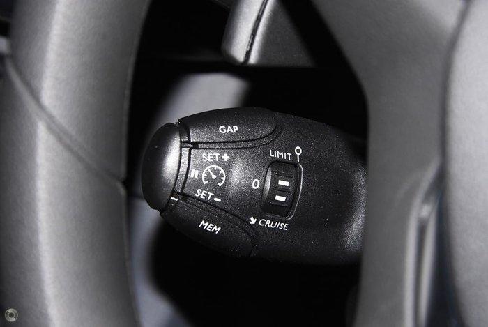 2019 Peugeot Expert 180 HDI (No Series) White