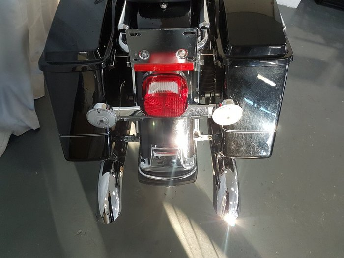 2004 HARLEY-DAVIDSON FLSTC HERITAGE SOFTAIL CLASSIC Black