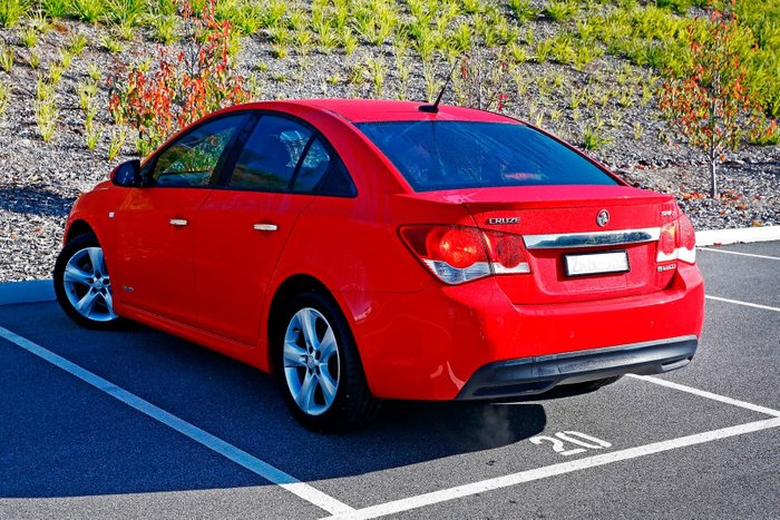 2011 Holden Cruze SRi-V JH Series II MY11 Red