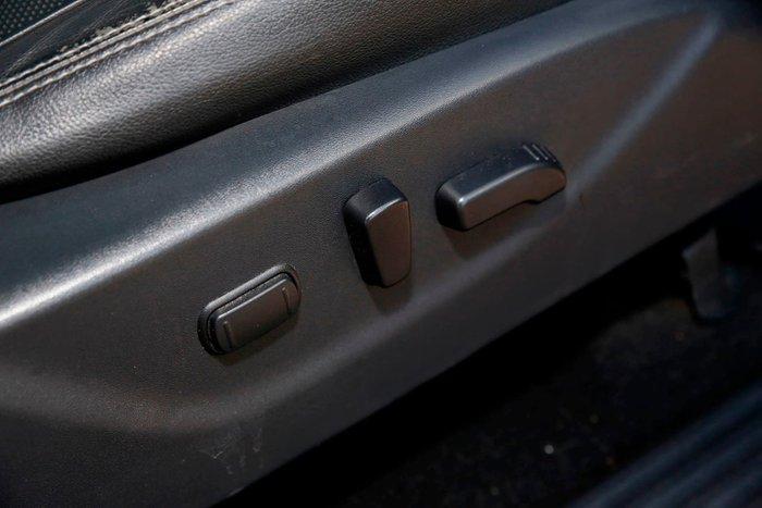 2016 Nissan Navara ST-X D23 4X4 Dual Range Black