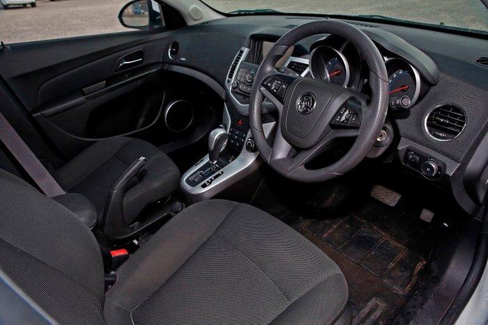 2013 Holden Cruze CD JH Series II MY13 White