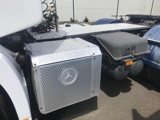 2014 Mercedes Benz 2644 Actros Four available