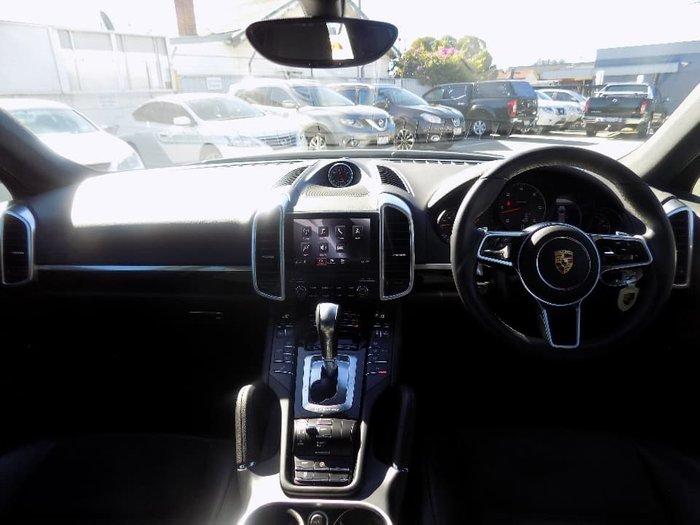 2017 Porsche Cayenne Diesel Platinum Edition 92A MY17 4X4 On Demand White